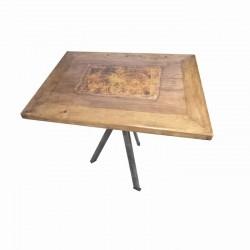 MONDEO Tisch